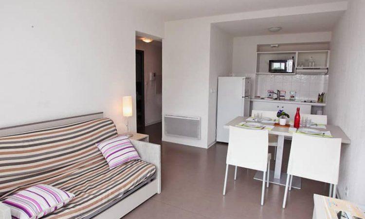 Salon t2 cabine résidence plage centrale