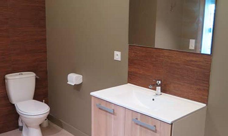 Toilettes t2 cabine résidence les sables d'or