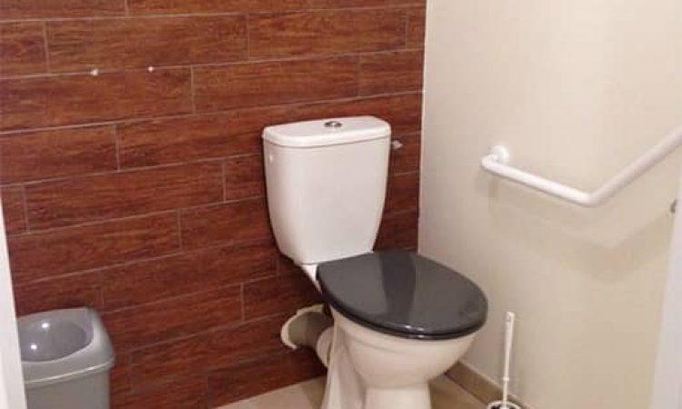 toilettes t2 pmr résidence les sables d'or
